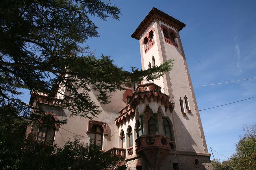 Viladomiu Vell. Torre de l'Amo                    © Imatge Jordi Bastart