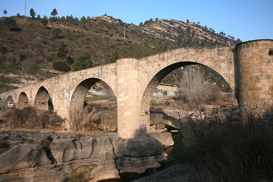 Pont de Vilomara. Pont medieval                    © Imatge Jordi Bastart
